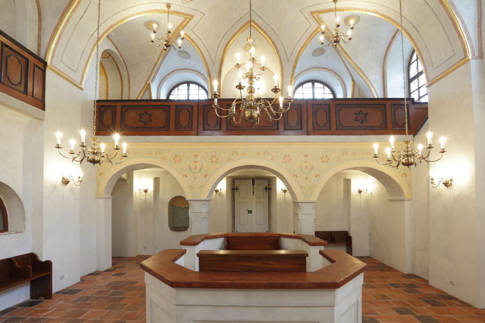 Synagoga Březnice - interiér